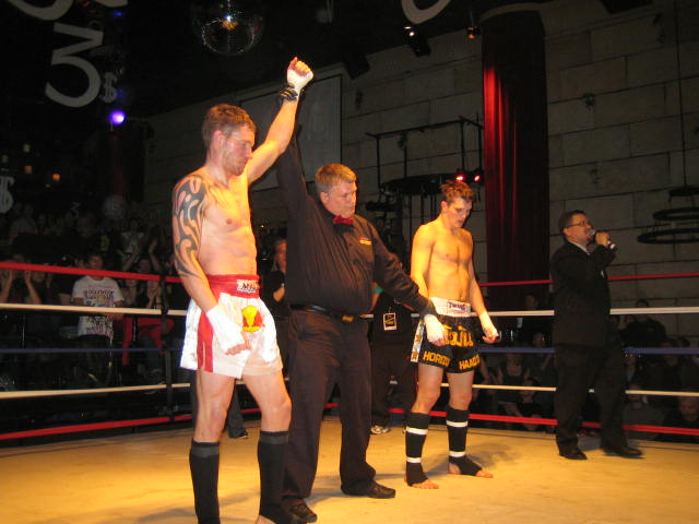 Dereks1stFightJan2010 (10)